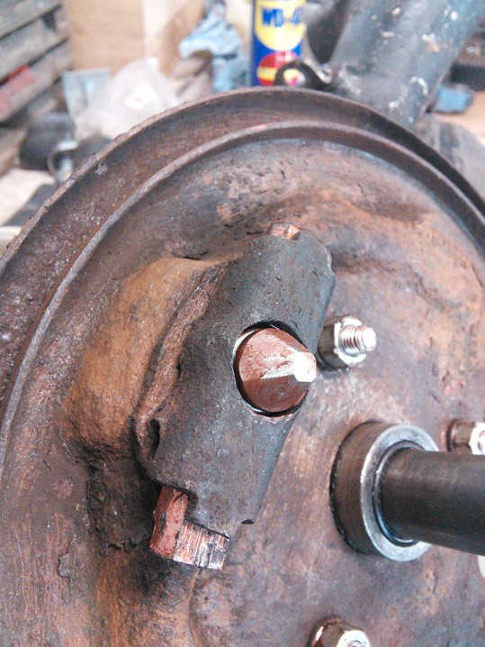 Mini Classic SPI 1995 minifrogs Erbsle Einstellschraube Bremse hinten Trommelbremse Kupferpaste Klötzchen