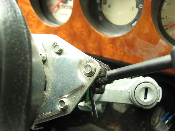 Mini Classic SPI 1995 minifrogs Erbsle Scheibenwischerhebel mit drei Schrauben an Ankerplatte